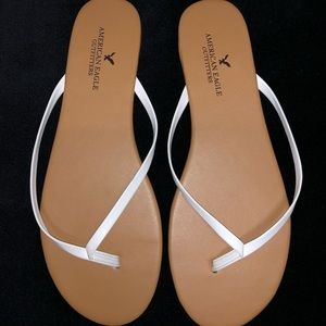 American Eagle Outfitters White & Brown Slippers